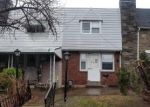 Foreclosed Home en SPRINGTON RD, Upper Darby, PA - 19082