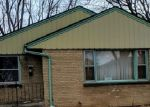 Foreclosed Home en N 94TH ST, Milwaukee, WI - 53225