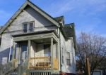 Foreclosed Home en N NEWHALL ST, Milwaukee, WI - 53211