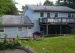 Foreclosed Home en HAMILTON AVE, Waterbury, CT - 06706
