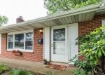 Foreclosed Home en GLENDALE DR, Camp Hill, PA - 17011