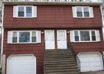 Foreclosed Home en IRVING PL, Danbury, CT - 06810