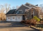 Foreclosed Home en COLEY RD, Wilton, CT - 06897