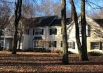 Foreclosed Home en CROSSBOW LN, Easton, CT - 06612