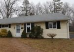 Foreclosed Home en BELLE AVE, Enfield, CT - 06082
