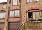 Foreclosed Home en SPRING HOUSE LN, Southampton, PA - 18966