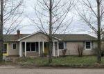 Foreclosed Home en VALMONT LN, Scottsville, VA - 24590