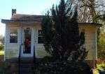 Foreclosed Home en 2ND ST, Colonial Beach, VA - 22443