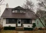 Foreclosed Home en N 46TH ST, Milwaukee, WI - 53210