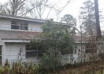 Foreclosed Home in DOROTHY ST, Huntsville, TX - 77320