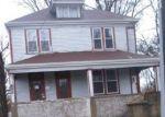 Foreclosed Home en TERRACE LN, Saint Louis, MO - 63136