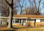 Foreclosed Home en LANIER DR, Saint Louis, MO - 63136