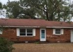 Foreclosed Home in CAPE LOOKOUT DR, Harkers Island, NC - 28531