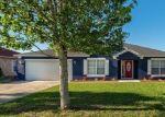 Foreclosed Home en S LAKE AVE, Groveland, FL - 34736
