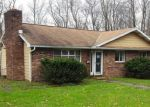 Foreclosed Home en HONESDALE RD, Carbondale, PA - 18407