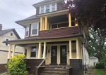 Foreclosed Home en TEMPLE ST, Stratford, CT - 06615