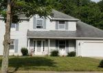 Foreclosed Home en BRUSHWOOD LN, Strongsville, OH - 44136