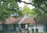 Foreclosed Home en THRUSH ST NW, Minneapolis, MN - 55433