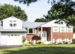 Foreclosed Home en S KITTY KNIGHT DR, Southampton, PA - 18966