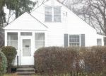 Foreclosed Home en WESTERLEIGH RD, New Haven, CT - 06515