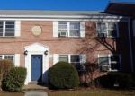 Foreclosed Home en SEATON RD, Stamford, CT - 06902