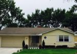 Foreclosed Home en W 70 1/2 ST, Minneapolis, MN - 55423