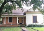 Foreclosed Home in THREADNEEDLE ST, Beaumont, TX - 77705