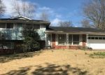 Foreclosed Home en ROBINHOOD CIR, Cape Girardeau, MO - 63701