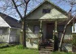 Foreclosed Home en DEQUINDRE ST, Hamtramck, MI - 48212