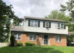 Foreclosed Home en KENSTAN DR, Temple Hills, MD - 20748