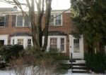 Foreclosed Home en OLD TRAIL RD, Baltimore, MD - 21212