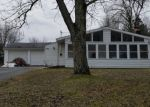 Foreclosed Home en VIRGINIA DR NW, Warren, OH - 44483