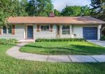 Foreclosed Home en DUNWOODY AVE, Wayzata, MN - 55391