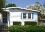 Foreclosed Home en E HOWARD ST, Pottstown, PA - 19464