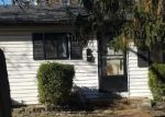 Foreclosed Home en LORD DR, Saint Louis, MO - 63136