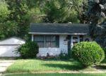 Foreclosed Home en GLEN ROCK AVE, Waukegan, IL - 60085