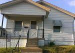 Foreclosed Home en BINGHAM AVE, Saint Louis, MO - 63116