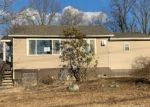 Foreclosed Home en CANDLE HILL RD, New Fairfield, CT - 06812