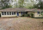 Foreclosed Home in LAKEVIEW DR, Denham Springs, LA - 70726