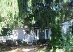 Foreclosed Home en N 64TH ST, Milwaukee, WI - 53216