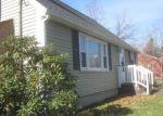 Foreclosed Home en RICH LN, Bristol, CT - 06010
