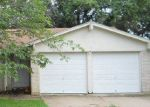 Foreclosed Home in GREEN VALLEY DR, Mesquite, TX - 75180