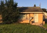 Foreclosed Home en W FOND DU LAC AVE, Milwaukee, WI - 53218