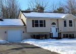 Foreclosed Home en CLOVER RD, Long Pond, PA - 18334