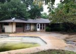 Foreclosed Home in WESTVIEW TER, Arlington, TX - 76013