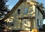 Foreclosed Home en LEWIS AVE, Temperance, MI - 48182
