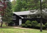 Foreclosed Home en BENZ ST, Ansonia, CT - 06401