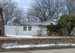 Foreclosed Home en ROUND LAKE BLVD NW, Andover, MN - 55304