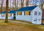 Foreclosed Home en ROCK RIDGE RD, Fairfield, CT - 06824