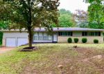 Foreclosed Home en ROLLING HILLS DR, Florissant, MO - 63033